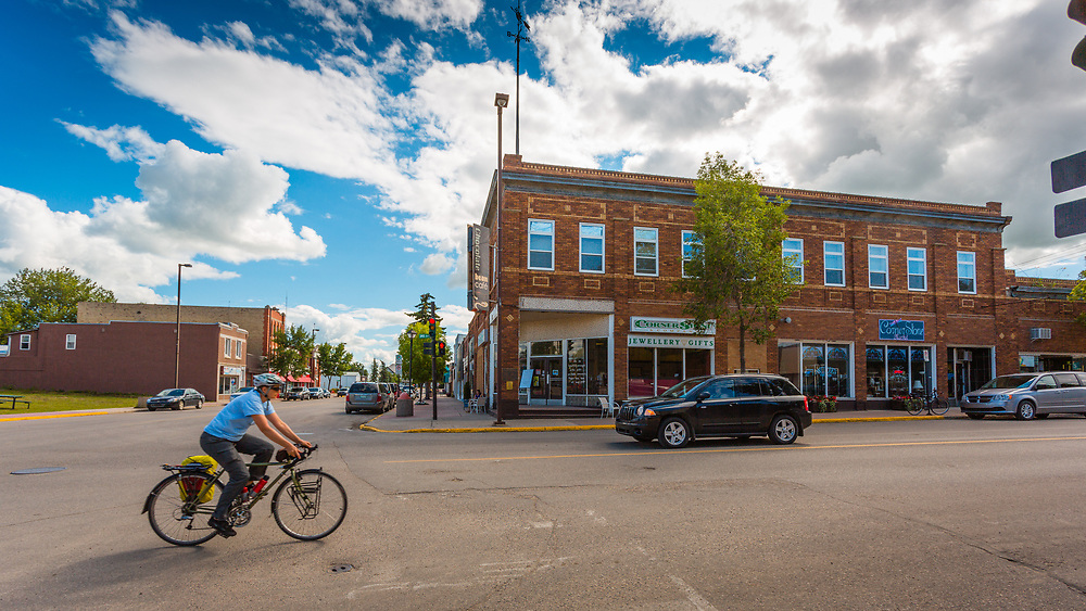 Downtown Melville, SK (Darrell Noakes)