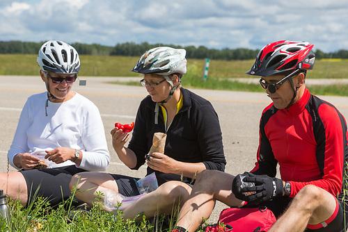 Lunch stop, Highway 83, near San Clara, Manitoba, GASP tour 2013. (Darrell Noakes)